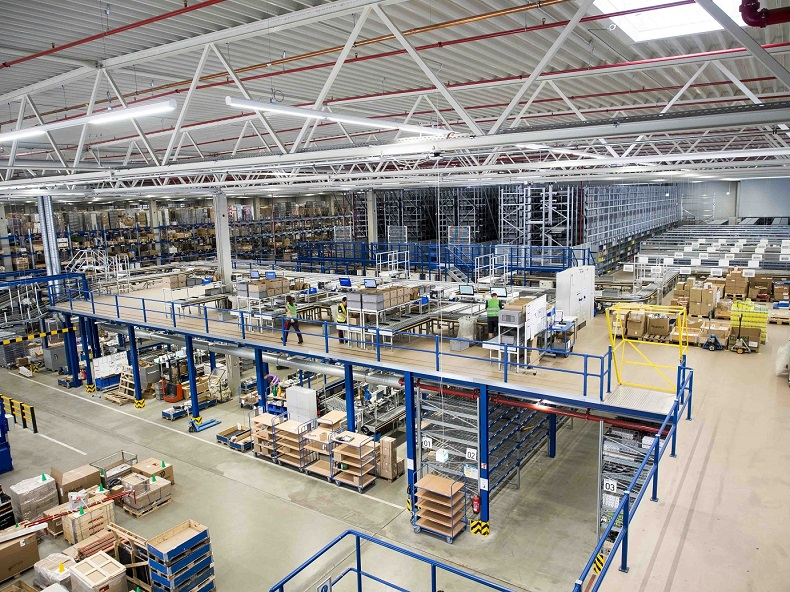 Dematic Automation Solution Distribution Center 2_res